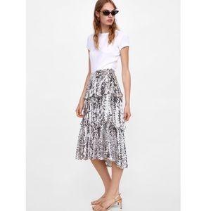 NWT Zara Sequined Ruffled Skirt